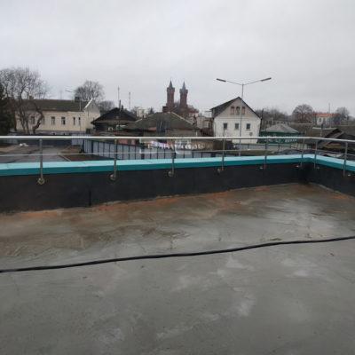 ograzhdenie-terrasy-iz-nerzhaveyushchej-stali-001